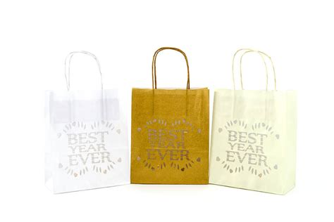 5 best wedding gifts ever 1st wedding anniversary gift best year ever by baloolah