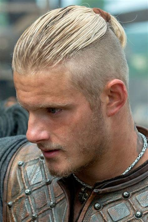 bjorn lothbrok hairstyle bjorn lothbrok hairstyle how awesome new vikings