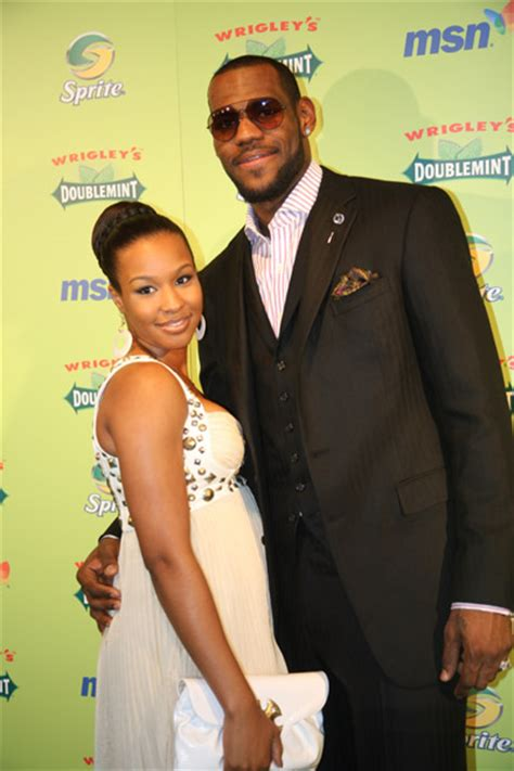 2008 Nba All In New Orleans Doublemint Gum Presents The 2nd Annual Z And Lebron Two Dinner by Nba Nfl Mlb Athletes Ex