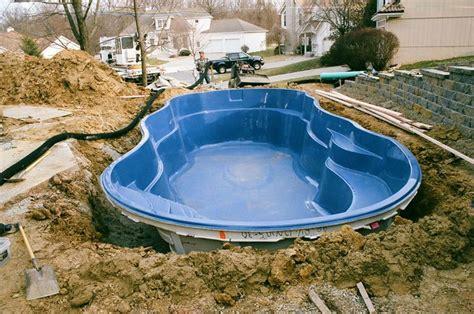 vasche in vetroresina prezzi piscine prefabbricate in vetroresina accessori piscine
