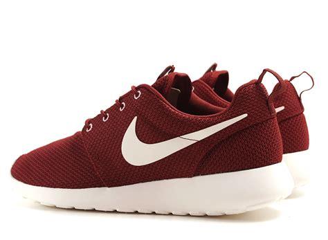 Nike Rosherun nike rosherun team sail novoid plus