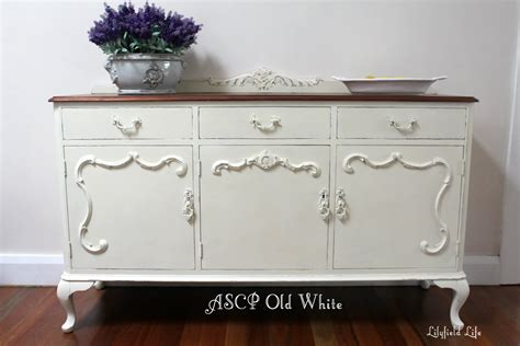 White French Country Kitchen Cabinets by Lilyfield Life Mix Tint Colour Annie Sloan Chalk Paint
