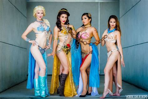 blizzcon costumes and sexiest dances the leia disney princess squad picture gallery