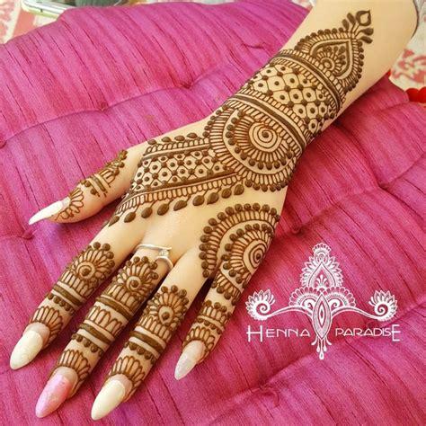 henna design wedding malaysia bridal mehndi on hands http www maharaniweddings com