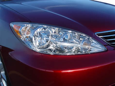 2005 Toyota Camry Headlight Bulb 2005 Toyota Camry Reviews And Rating Motor Trend