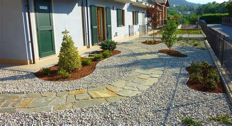 giardino con ghiaia crear arredo esterni e giardino costruzione giardino