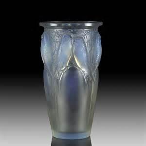 lalique vase ren 233 lalique antique glass hickmet arts