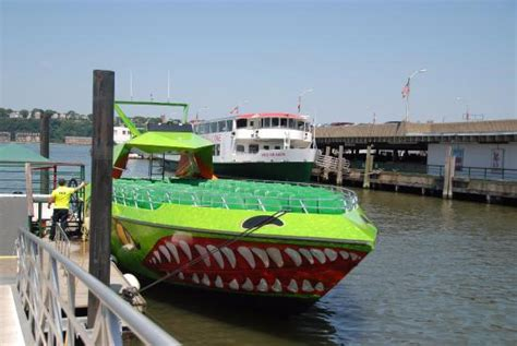 beast boat ride nyc coupon ゆっくり写真撮れます picture of the beast speedboat ride new york