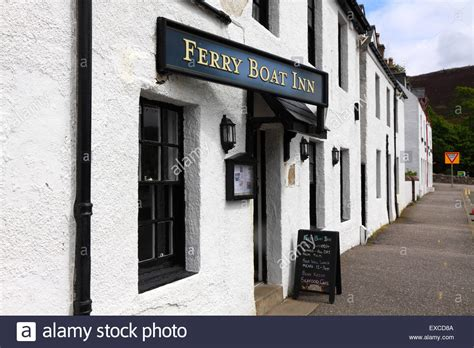 the ferry boat inn in ullapool scotland uk stock photo - Ferry Boat Ullapool