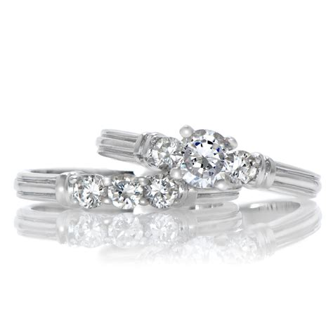 Cz Engagement Rings by Gold Wedding Rings Cz Engagement Ring Sets That Look Real
