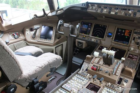 Boeing 777 Vip Interior by Boeing 777 9x Cockpit Www Pixshark Images Galleries With A Bite