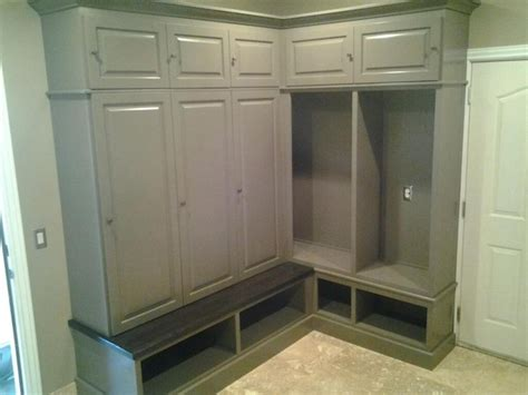 mudroom lockers with bench mud room bench and lockers design ideas pinterest