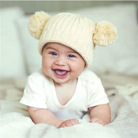alimentazione 6 mesi neonato neonato di 6 mesi