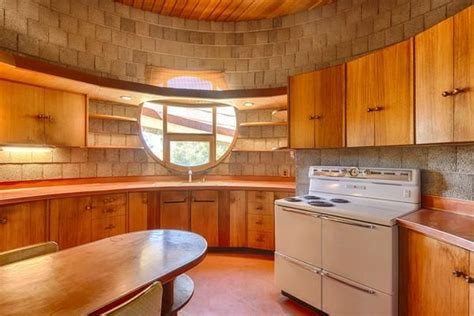 lloyds kitchens and bathrooms frank lloyd wright kitchen and bathrooms google search