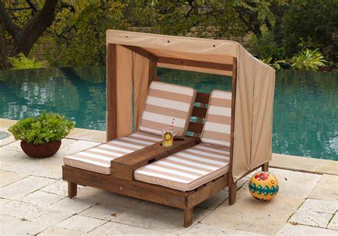 chaise jardin enfant pour quel salon de jardin pour enfant craquerez vous