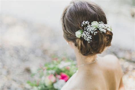 Hochzeitsfrisuren Mit Echten Blumen by Brautfrisuren Hochzeitsblog Two Wedding