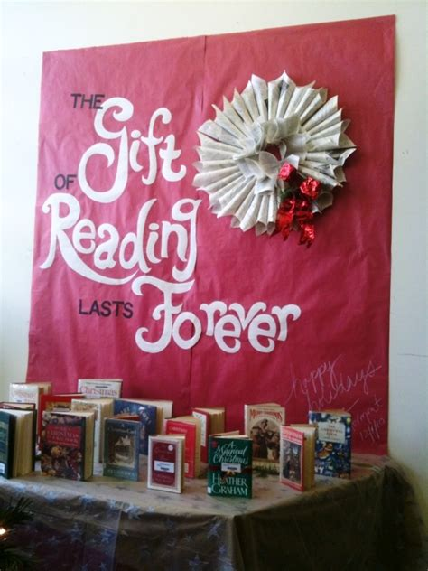 the gifts of reading books library displays the gift of reading lasts forever