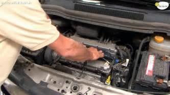 cambiare candele auto cambiare le candele dell auto