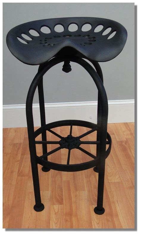 Wagon Wheel Bar Stools by Best Tractor Bar Stool Seating W Foot Rest Aluminum Wagon