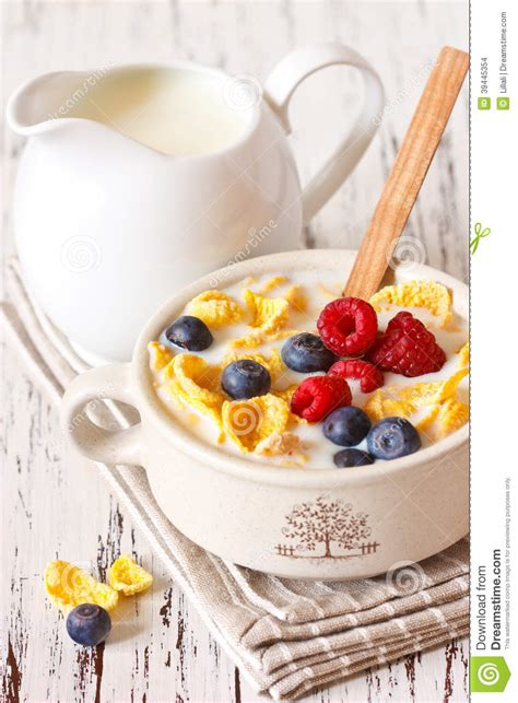 corn flake cereal stock photo image 39445354