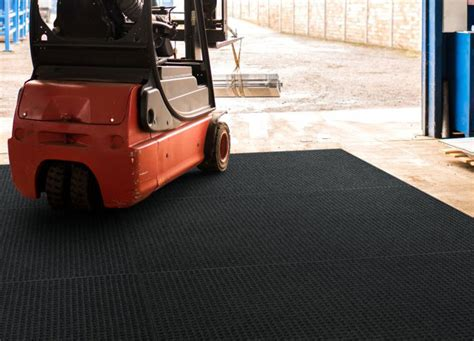 waterhog lift truck  fork truck industrial floor mat