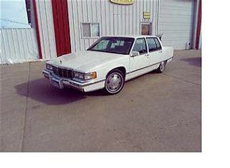 automobile air conditioning service 1993 cadillac sixty special auto manual sell used 1993 cadillac fleetwood 60 special 4 door sedan 4 9l v 8 loaded with options in