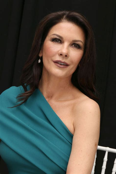 catherine zeta jones catherine zeta jones attends feud press conference in