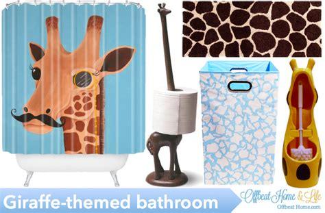 giraffe bathroom decor the giraffe themed bathroom challenge accepted offbeathome