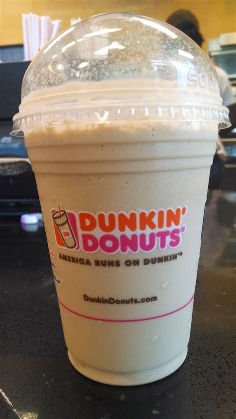 Thirsty Dudes :: Dunkin' Donuts Coolatta Hazelnut Swirl
