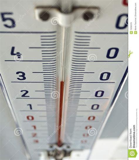 Termometer Hg utomhus termometer med den retro designen som visar h 246 g