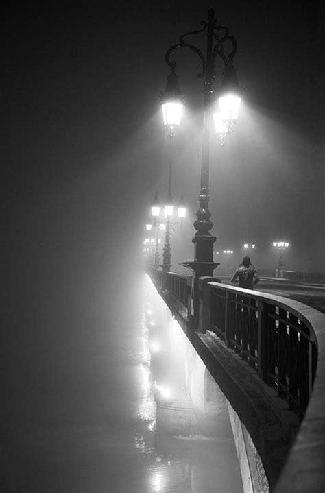 best black and white photo pensieri sulla notte