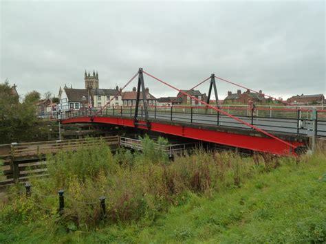 selby swing bridge swing bridge selby 169 chris allen cc by sa 2 0