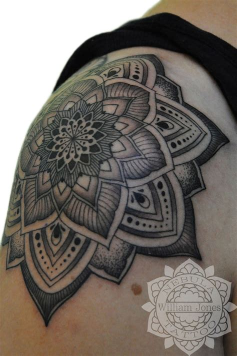 mandala shoulder tattoo 58 amazing mandala shoulder tattoos