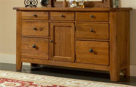 attic heirlooms heritage by broyhill furniture broyhill attic heirloom bedroom furniture 2017 2018