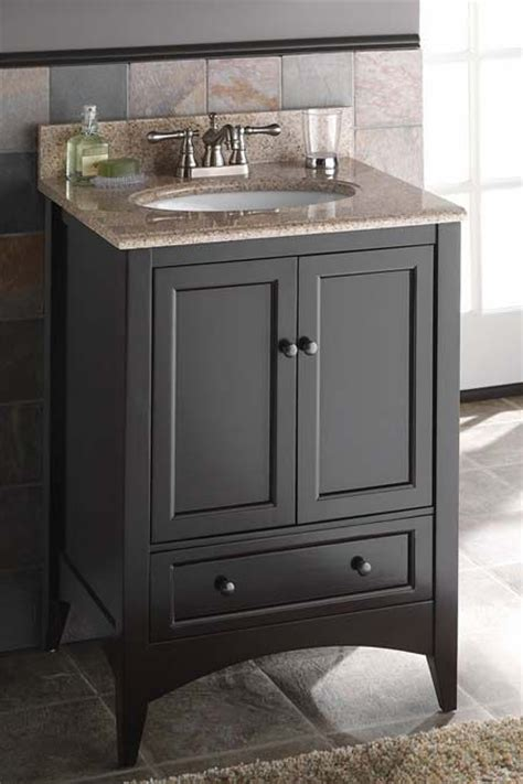 Rooms To Go Bathroom Vanities by 1000 Ideas About Small Bathroom Vanities On