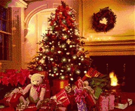 christmas presents gif christmaspresents christmastree merrychirstmas discover share gifs