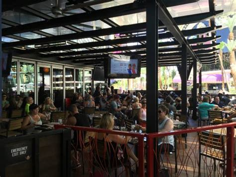 Fieri S Vegas Kitchen Bar by Outdoor Patio Picture Of Fieri S Vegas Kitchen And