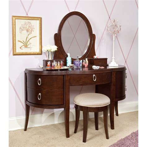 bedroom vanity set glamour girl vogue bedroom vanity set at hayneedle