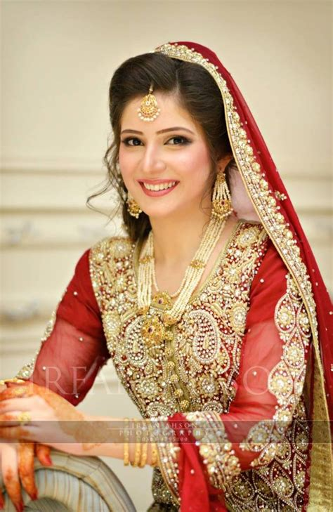 Simple Indian Wedding Dress