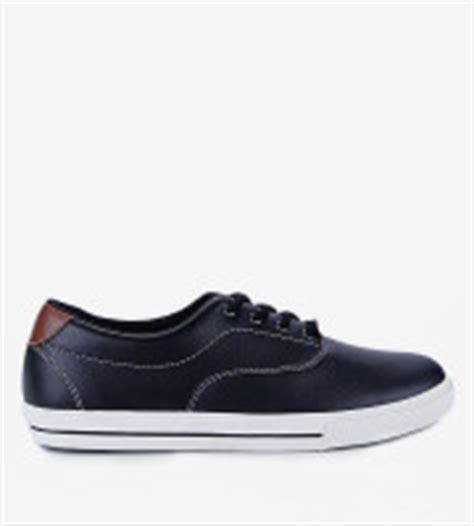 Sepatu Merk Lokal merk sepatu lokal terbaik yang nggak kalah oke dengan
