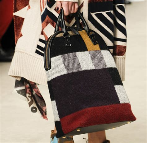 Burberry 2008 Handbags Runway Review by Burberry Fall 2014 Runway Bags 16 For Best Designer