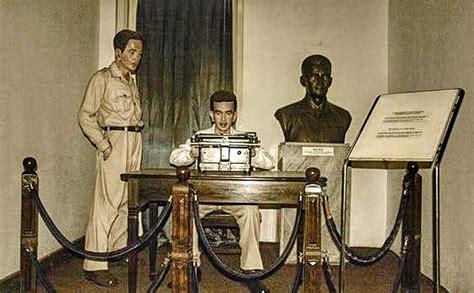 teks biografi hitler ada peran nazi dalam naskah teks proklamasi ri reportase