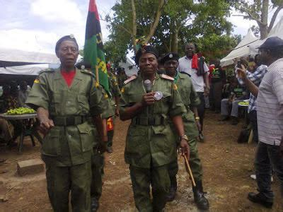 i want to see the pictures of nigeria children braidz see the weak soldiers biafrans want to use to defeat