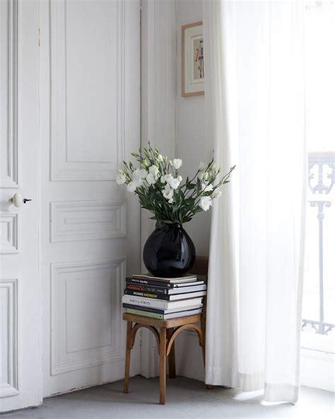 interior 11 215 coffee table books in huis quarter magazine