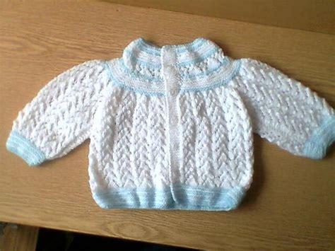 pin chalecos tejidos para bebes ninos palillo crochet tejidos a palillo ajuar para bebe imagui ideas para el