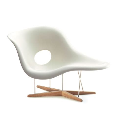charles eames chaise charles ray eames miniature la chaise 1948