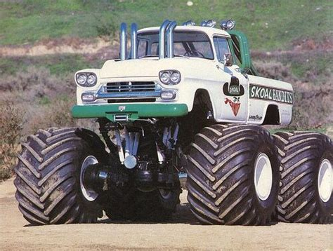 monster trucks cool video 31 best monster trucks images on pinterest monster