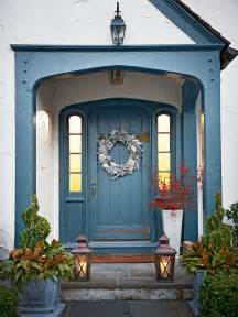 ideas front: if your front porch is small but wide enough you can put some decor on