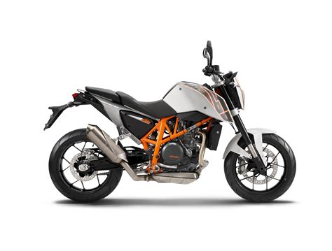 Ktm Canada Motorcycles Hell Freezes As The Ktm 690 Duke Comes To The Usa