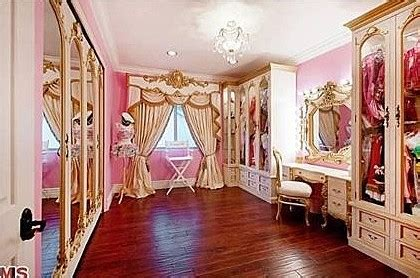 playboy mansion bedrooms 15 outrageous ideas for your playboy mansion bedrooms